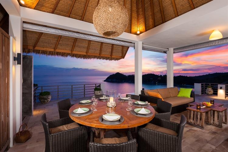 luxury pool villas business - 5