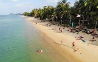 established beach resort koh - 3