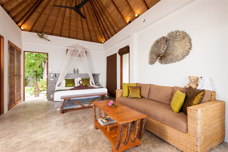 luxury pool villas business - 8