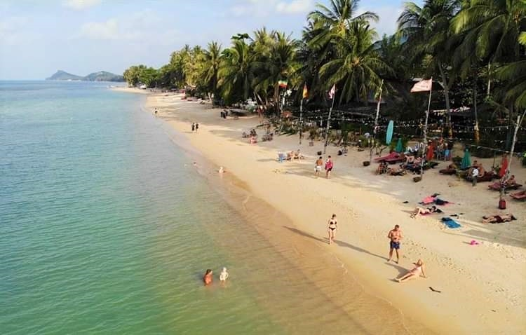 beach resort with long - 5