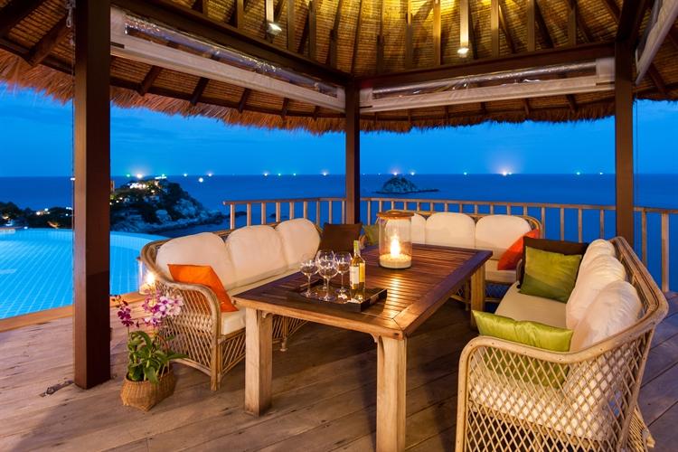 luxury pool villas business - 12