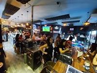 restaurant sports bar café - 2