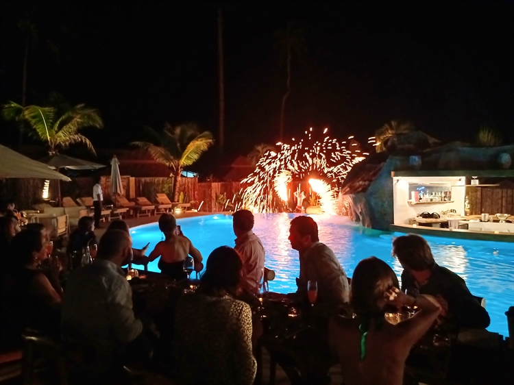 superb resort's restaurant pool - 7