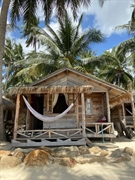 stunning location beachfront resort - 2