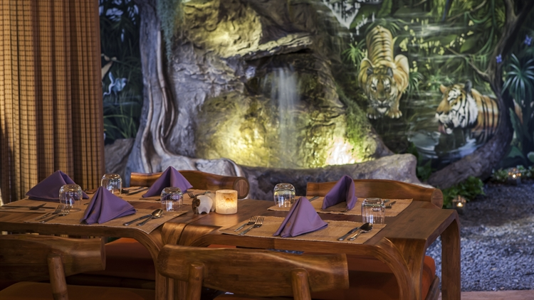 well establish resort restaurant - 4