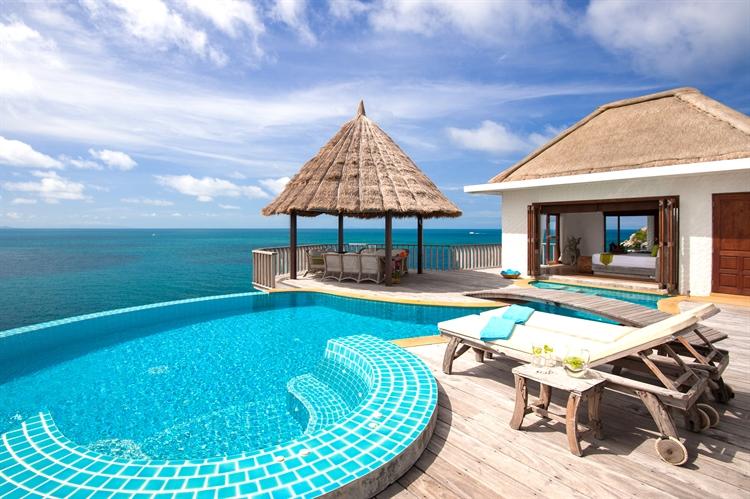 luxury pool villas business - 13